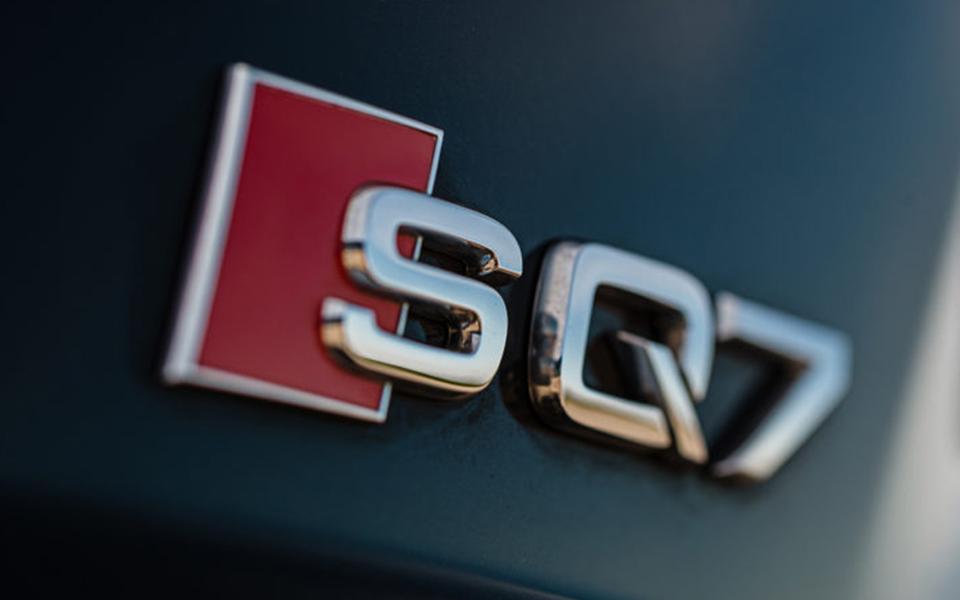 DBS Automotive op social media