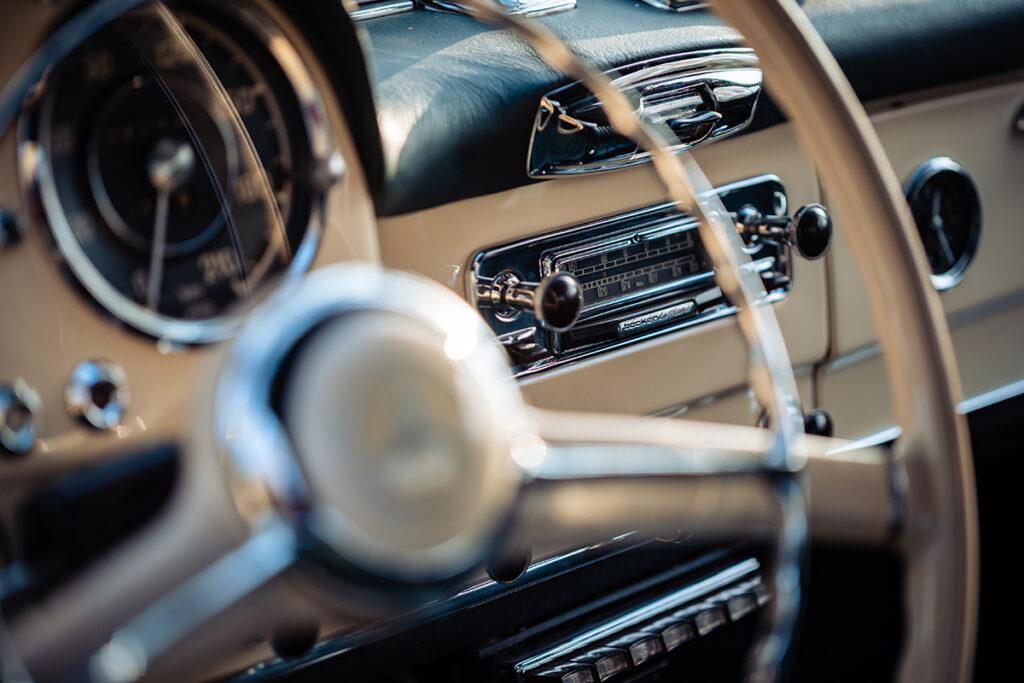 Mercedes-Benz 190 SL W121 radio